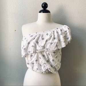 AMUSE SOCIETY white one shoulder ruffle top M